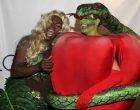wenn_heidiklum_halloween_costume_2006_101716_1800x1200_1-800x533